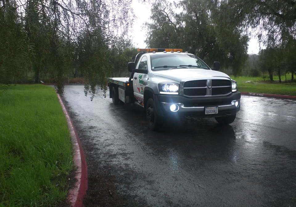 Cali Towing Service - Towing and Roadside Services in San Jose, CA_Cali Towing Fb Pull 5 11 2020 (2)